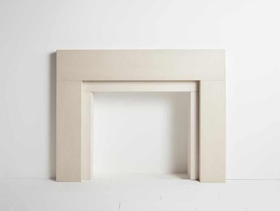 Solus concrete fireplace surround - Span