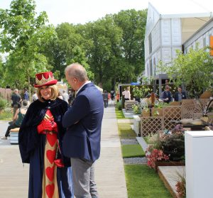 Queen of hearts chelsea flower show 2017
