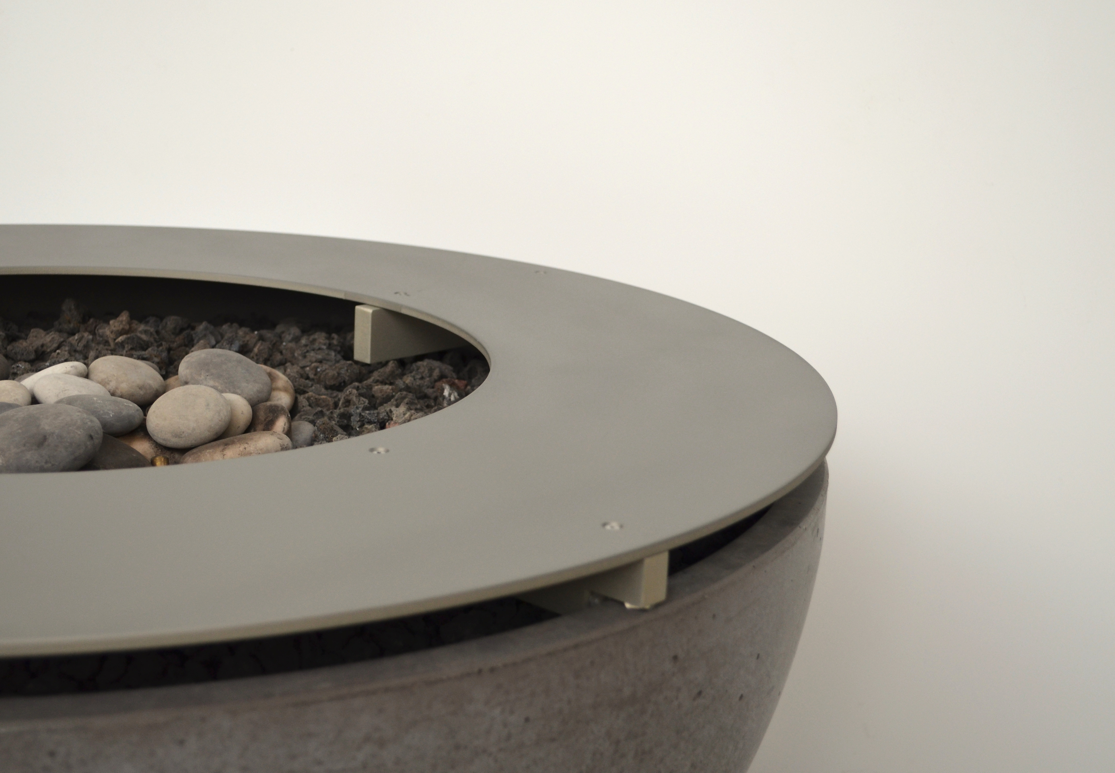 detail metal ring table top for firepit