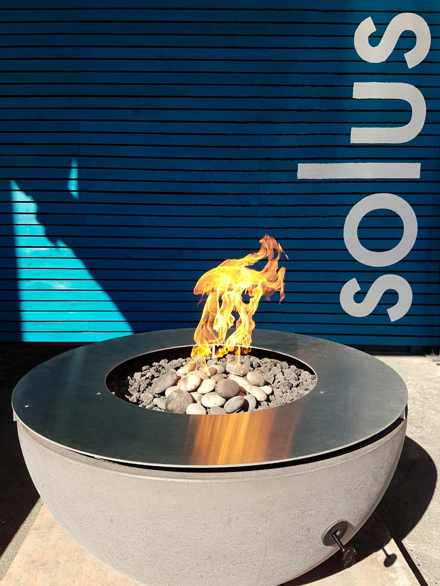Metal Table Ring with flame on Solus hemi firebowl