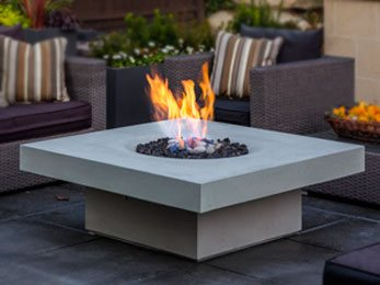 Solus halo elevated firepit