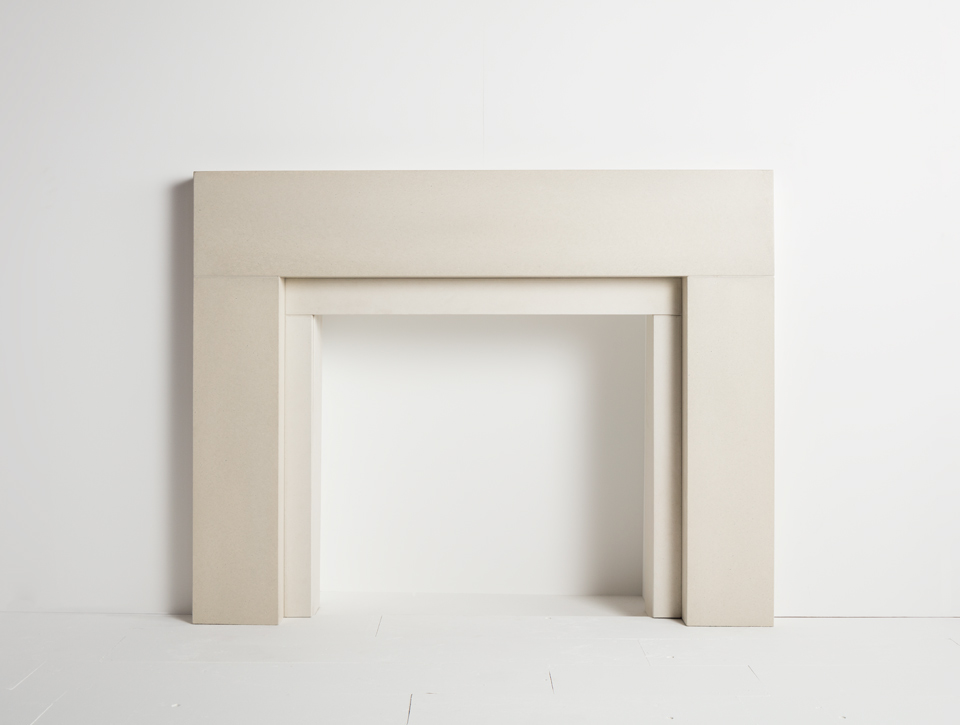 Solus concrete fireplace surround - Span